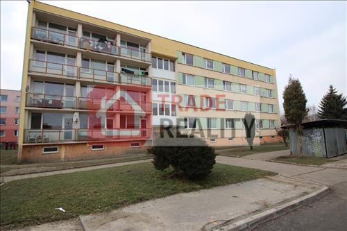 Soubor 31 bytů v panelovém bytovém domě č. p. 2762, Varnsdorf