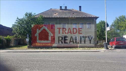 bytový dům s 5 byty v obci Staňkovice