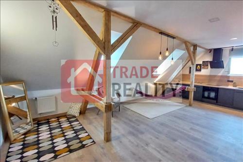 Soubor 3 nových bytů, Karlovy Vary - Drahovice